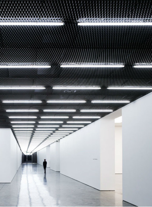 Architecture Today Feature Nov 2011 White Cube Gallery Bermondsey London by Casper Mueller Kneer. Photography by Paul Riddle.