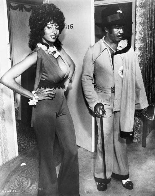 charliemilkgums:  Pam Grier in Coffy (1973).