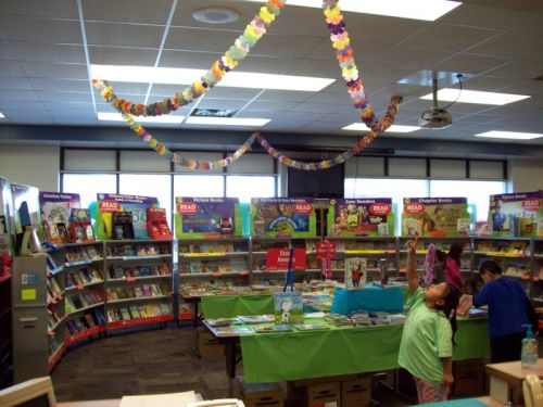 Who remembers book fairs? :D