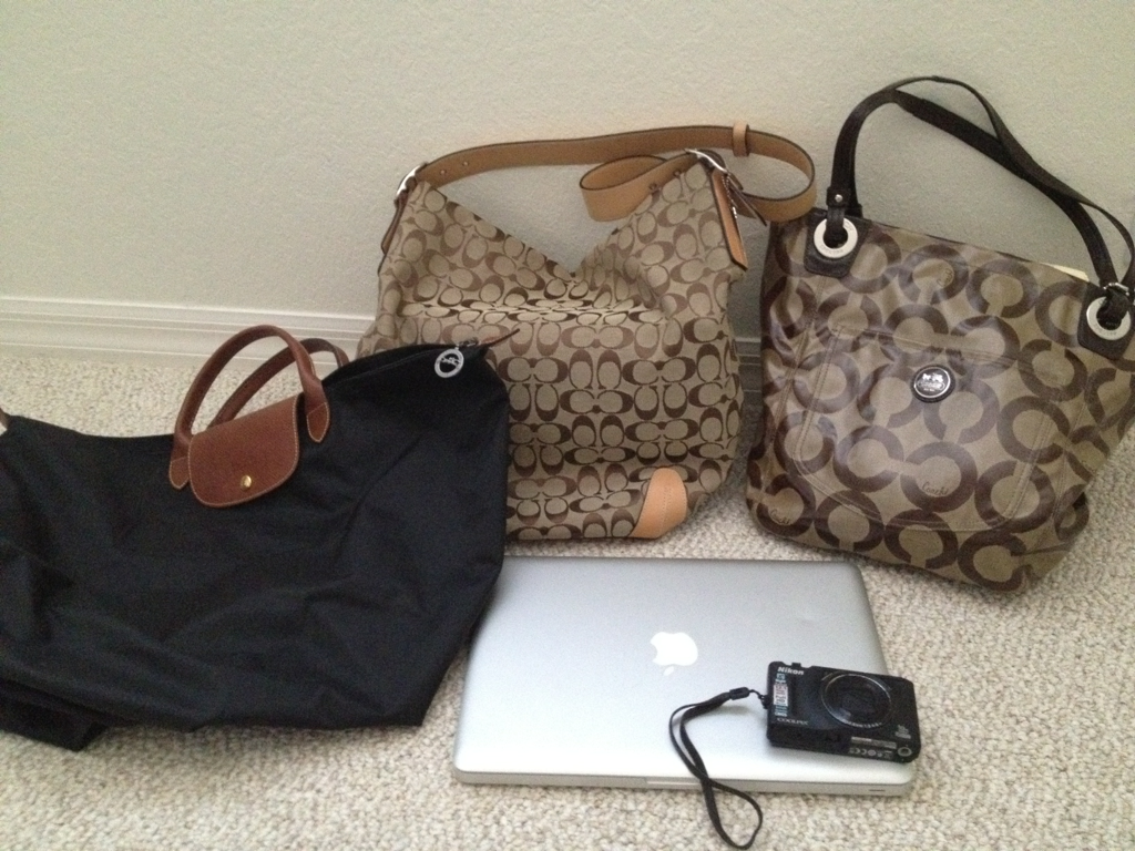 goooood-vibes:  Mini give away! Black long champ bag: $145.00 Macbook pro: $1,799.00 Nikon coolpix s1800: $199.00 Coach bag (right): $228.00 Coach bag (middle): $358.00 Total of $2,729.000  Rules: - must be following me goooood-vibes  (i will check) -  i will pick a random winner in a week (march 1st) - world wide giveaway (if you live in europe and you win i'll still ship it to you. Etc) - reblog as many times as you'd like - good luck :)