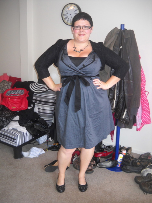 ilikeprettyclothes:  Fatshion February #28 I have had this shrug - the Masuimi Shrug - for ages, but today is the first time I've actually worn it. Could be that it's been too warm, which it has, but I think it's more because the shoulder pads that I have since removed were putting me off. I just don't like shoulder pads. But I love the shrug! shrug and necklace - Pinup Girl Clothing, dress - City Chic, tank - Joe, shoes - The Warehouse, earrings - diva