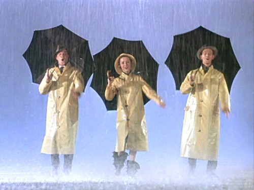 "Singin' In The Rain ""Gene Kelly insulted Debbie Reynolds for not being able to dance. Fred Astaire, who was hanging around the studio, found her crying under a piano and helped her with her dancing."""