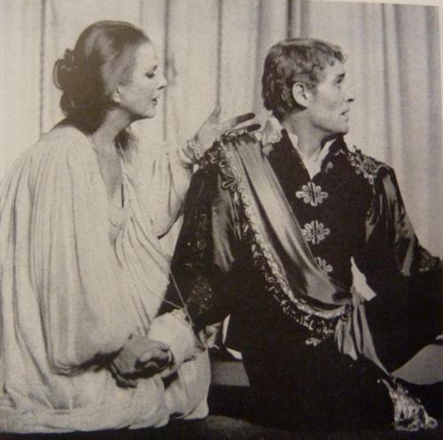 Diana Wynyard and Peter O'Toole playing Hamlet at the Old Vic theater in 1963.