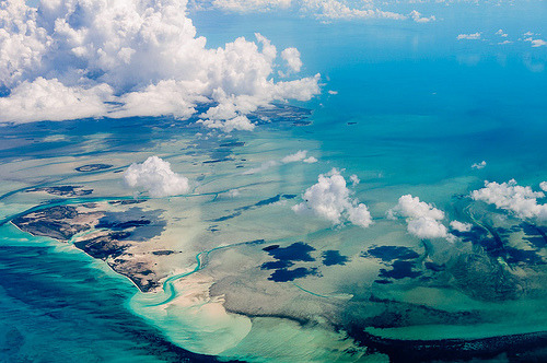 Air Bahamas (by Ron Scubadiver)