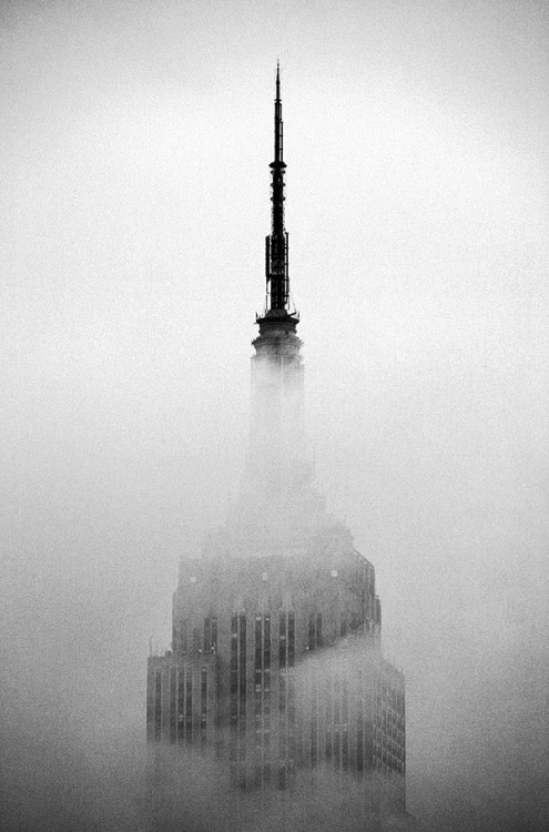 silfarione:  Empire State Building by Mike Dillingham