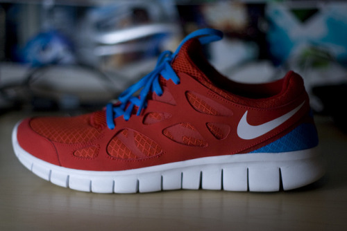 Nike Free 2+ on Flickr. i guess i dont have to say more about this. it's just fun to play with the light.