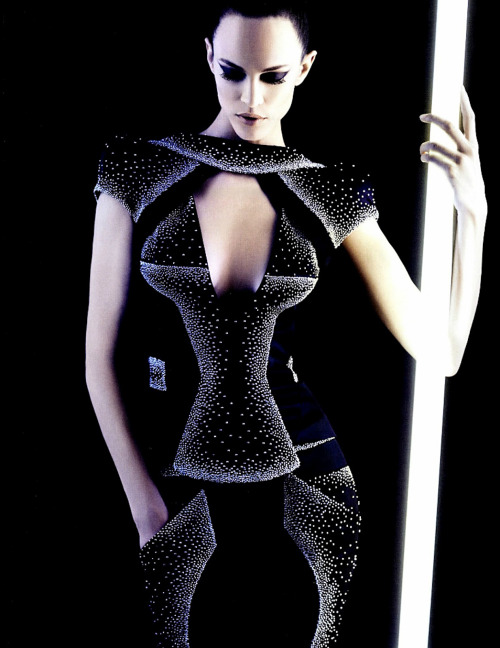 fashionfaves:  Saskia de Brauw by Karl Lagerfeld for Numero #131