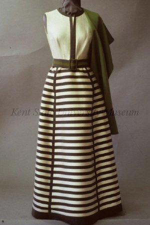 omgthatdress:  Ensemble Pierre Balmain, 1966-1969 Kent State Unitveristy  I love vintage Balmain too much for my wallet.