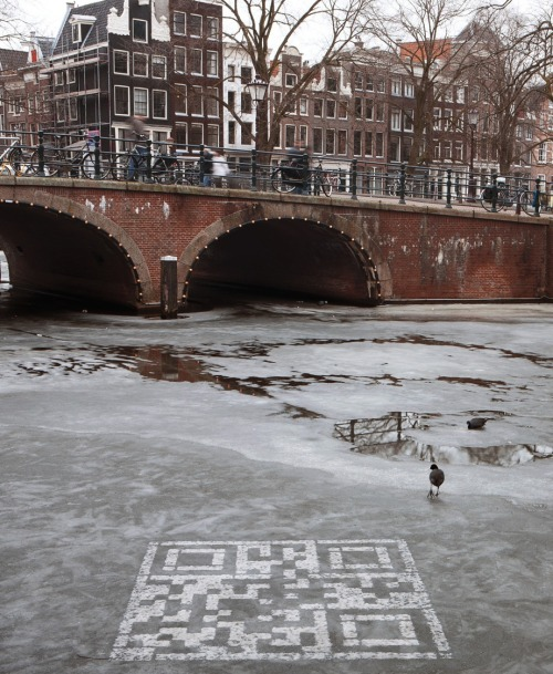 The Big Melt - icy QR code by Tom Ormes, Glenn Doherty, Tom Ormes, GreenGraffiti, Tessa Sosnowy, Mark Brounen, Saskia Baaij, Guillaume Koenig from iris, Amsterdam, Netherlands for WWF Netherlands