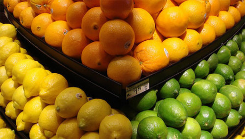 Eating citrus lowers women's stroke riskThe flavonoids of citrus is thought to improve blood vessel function, decreasing the the chances of developing blood clots.
