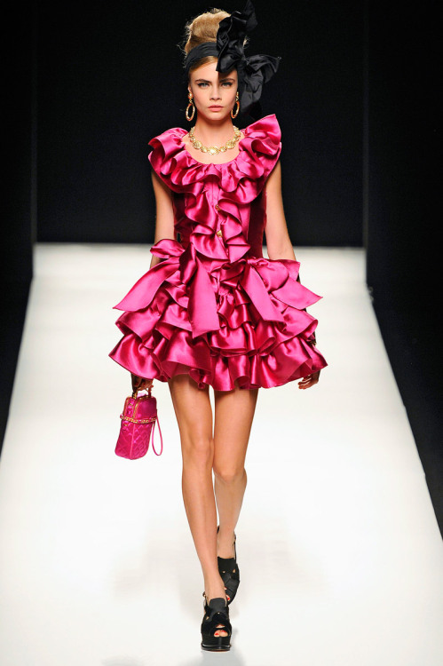 vogue:  Moschino Fall 2012 Photo: Marcio Madeira/firstVIEWVisit Vogue.com for the full collection and review.