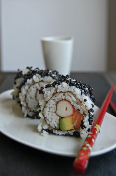 foodforjubilee:  Spanish Recipes: Sushi upside down: Uramaki (RECIPE)