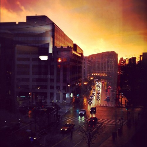 harshbarge:  Killer sunset at DC headquarters! Sunset-off with NYC! (Taken with Instagram at NPR Headquarters)  Mito wins at sunset photos.