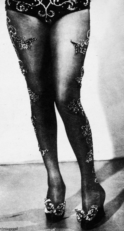 Alice Faye wore these jeweled stockings in the film Lillian Russell , designed by Willys de Mond (1940)