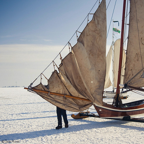 kateoplis:  moggierocket, antique iceboats, Holland