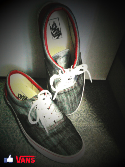 vansphilippines:  Submitted by: http://najsanjose.tumblr.com/  Vans i like… :D   nice style..i like it..