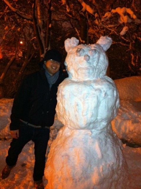 Hanging with our new friend: Bruno the Snowman :)Photographer: @Gab_Bel