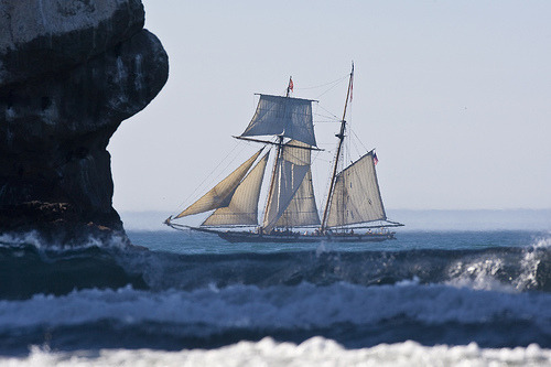 0x-ygen:  zophos:  Privateer ship Lynx in Morro Bay, CA privateer-ship-lynx-morro-bay (by mikebaird)  a pirates life for me.
