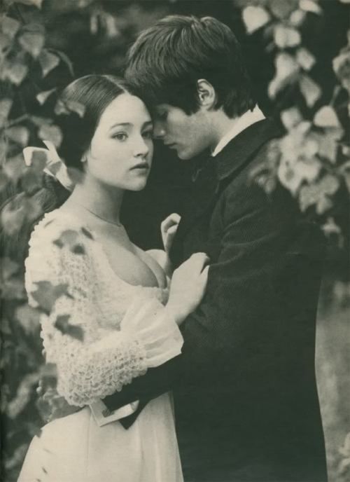 suicideblonde:  Olivia Hussey photographed by Norman Parkinson for Vogue in 1967