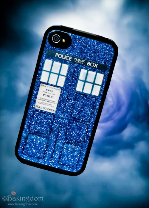 TARDIS Phone Case Tutorial - Bakingdom