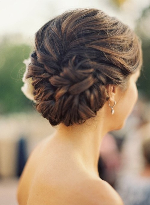 stylishdream's corner:  this is a beautiful updo for any formal event.