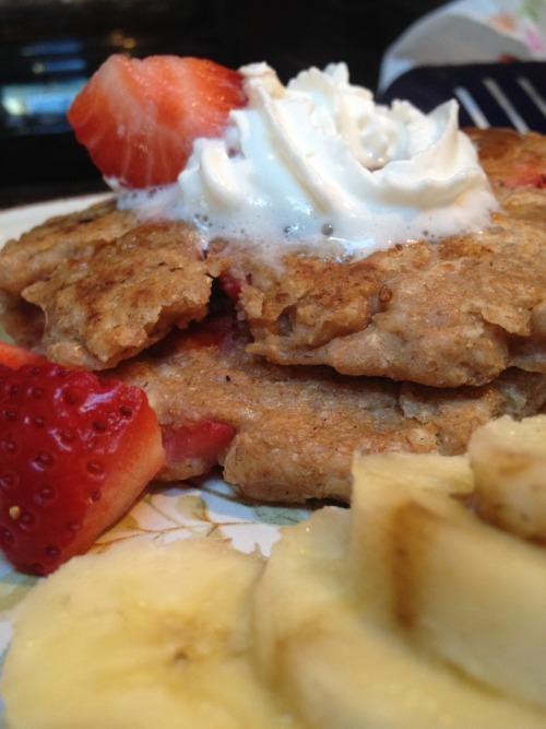 hungryrunner:  Breakfast: Strawberry Shortcake Pancakes! I don't think I need to use many words to explain how good these were, because really, the picture just says it all. The recipe for these pretty little pancakes comes from Chocolate Covered Katie.  And for fun, more gratuitous pancake pictures for your viewing pleasure!   [via Chocolate Covered Katie]  I made these for breakfast yesterday. The pictures say it all.