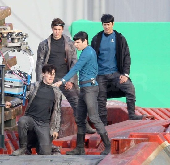 raquelomorais:  Spoilers of Benedict Cumberbatch in Star Trek 2013.
