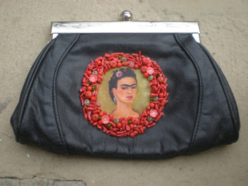a new vintage bag with corals, glass pearls - and frida portrait