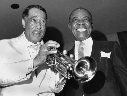 delightfulee:  Duke Ellington and Louis Armstrong at the Rainbow Grill in New York City on August 26, 1969.