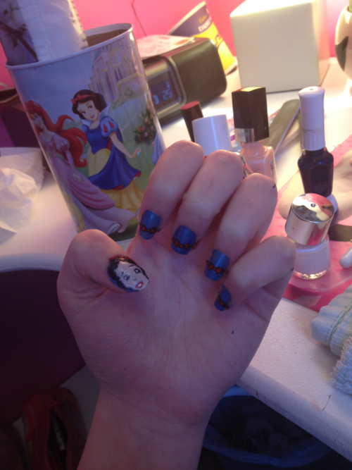 Snow white nails :)