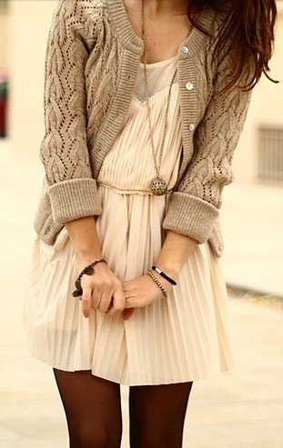 Add a chunky cardigan to a light colored, pleated dress for a super chic weekender outfit!