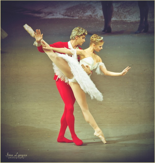 Nikolai Tsiskaridze and Angelina Vorontsova in the Nutcracker. Photo (c) Irina Lepnyova.