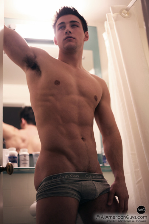 I could always reblog #Evan_Downs    ||  #HunkFinder  ||