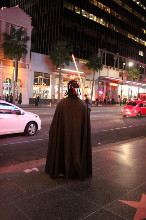 castroburger:  darth vader on the boulevard. (hollywood blvd. - walk of fame)