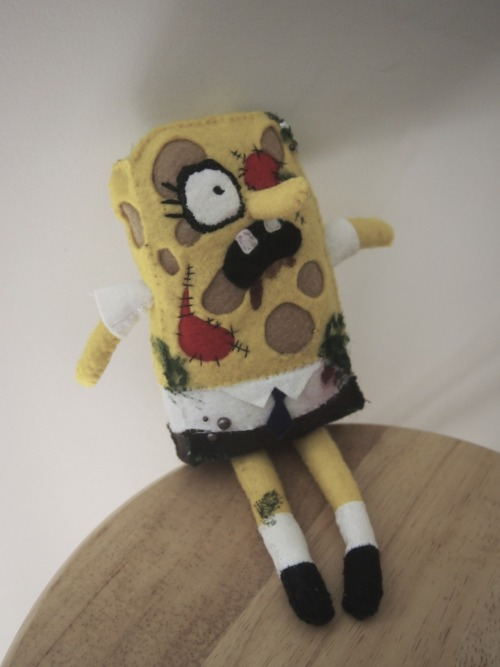 zombie sponge bob I made for my friend Cameron who works at Nickelodeon!  http://www.etsy.com/shop/elzicorn