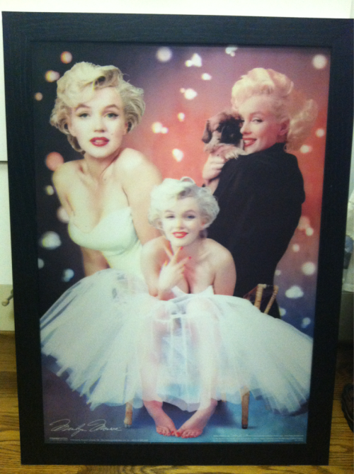 Look what my grandmother got me Marilynettes! :)