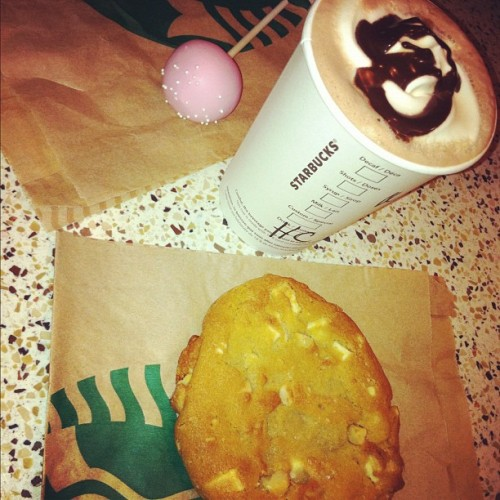 Starbucks ❤ (Taken with instagram)