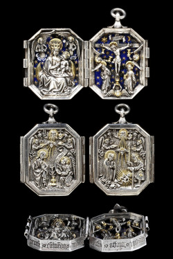 Diptych pendant, made in Germany, c.1450-80 (source). On the interior are the Virgin of the Apocalypse and the Crucifixion, and on the exterior are the Annunciation and Nativity. The Latin inscriptions read: 'Hail, Queen of Mercy/ My Lord and my God/ Hail blessed Jesus Christ, born of the Virgin Mary/ I commend me to thee, pious virgin and mother'.