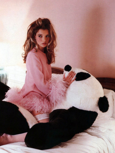 kate moss by lance staedler for glamour france, 4/92