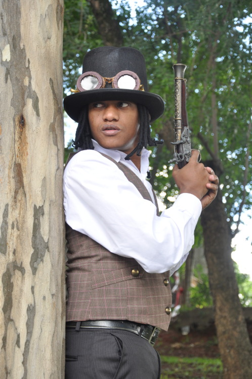 Brazilian steampunk boy Model: Jurssa Santos Photographer: Regina Yuriko