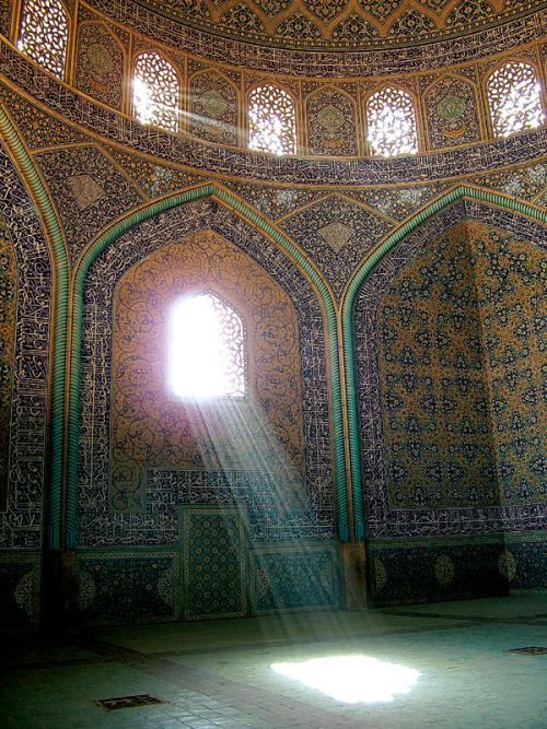A masjed (mosque) in Iran.