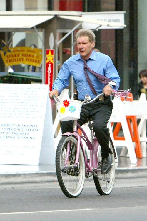 ryloscentauri:  Just your friendly neighborhood Harrison Ford.