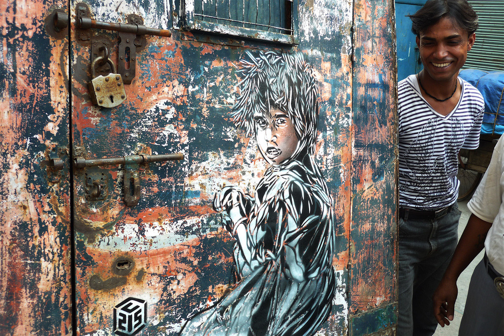 Stencil art on van by French artist C215, New Delhi, 2008 (photo by Romany WG)