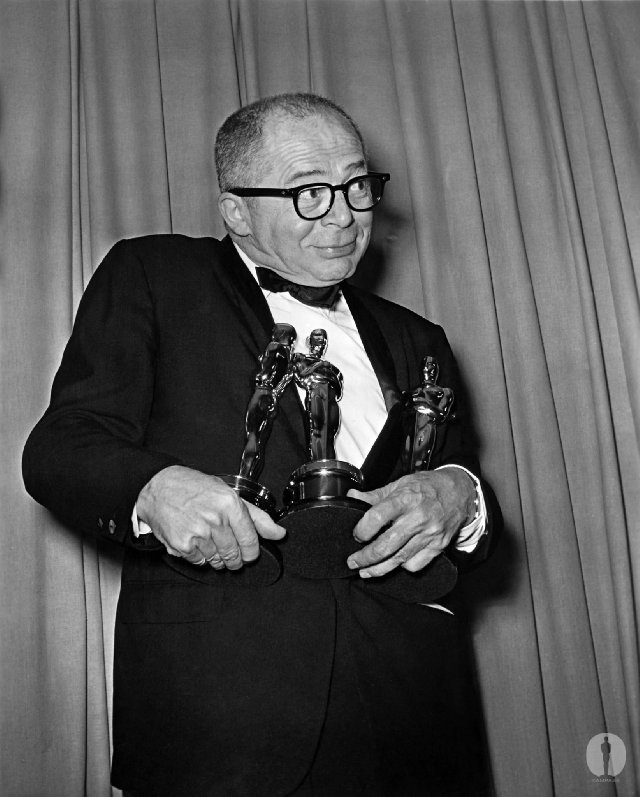 "iloveretro:  Billy Wilder with his three Oscars for writing, directing and producing  Best Picture winner ""The Apartment"" at the 33rd Academy Awards"