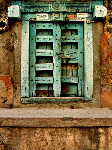 doorsandmore:  Rust by prayash.giria on Flickr.