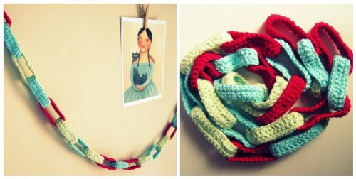 (via Cornflower Blue: Crochet Party Chain :: Photo Tutorial)