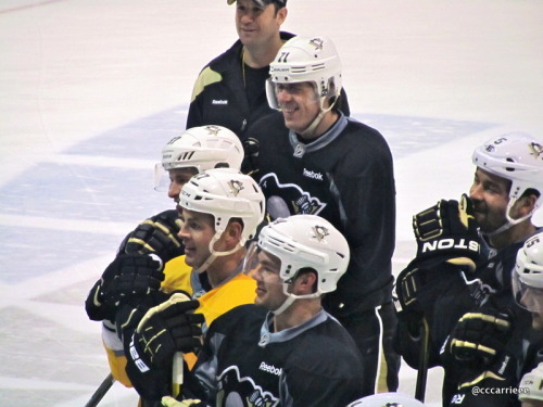 The boys are all smiles. Geno, Sid, Kunitz, Adams, Kunitz, Engo, Jeffery. XOXO (2/23/12 Iceoplex at Southpointe)