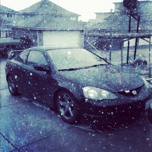 About to go to work and its snowing #rsx #dc5 #k20 #typeS #typeR #jdm #black #snow #stance #tanabe #oem+ #slammed #photography #iphone4 #instagram #cold (Taken with instagram)