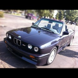 What?! This is a LEGIT BMW E30 M3 convertible! Super rare; only 7 or 8 in the USA. Bone stock and sick as hell. $$$$$$$$ #e30 #m3 #supercarsunday (Taken with Instagram at Supercar Sunday)