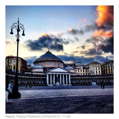Napoli #instagram #igers #ihm #igersnapoli #instafamous #flickr #pontix #px  #ponticelli #picoftheday #bestpic  #ih_gallery_26022012 #picstagram #webstagram #napoli #panorama #landscape #iphoneonly #ig #instahub #instadaily #instagramhub #igers #ignation #iphonesia #theitalianway #naples (Taken with Instagram at Piazza Del Plebiscito)
